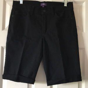Great looking Bermuda jean shorts